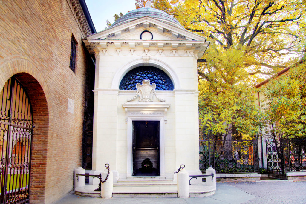 Ravenna, Tomba di Dante | Ph. Giacomo Banchelli
