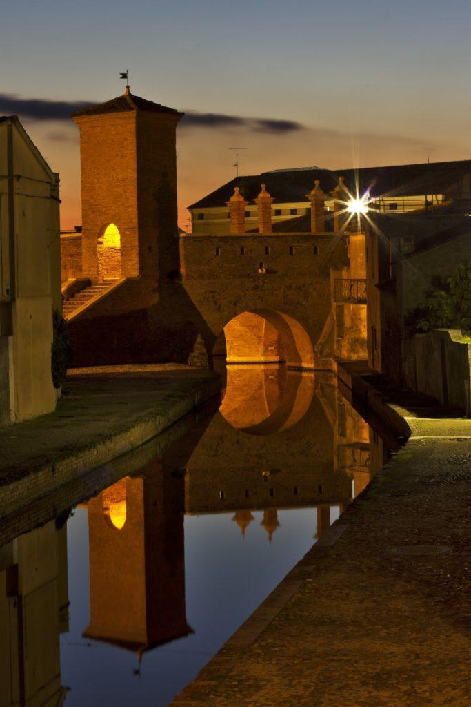 WLM 2016 2° classificata – Comacchio (FE), Tramonto Trepponti, ph. Nbisi CC-BY-SA 4.0