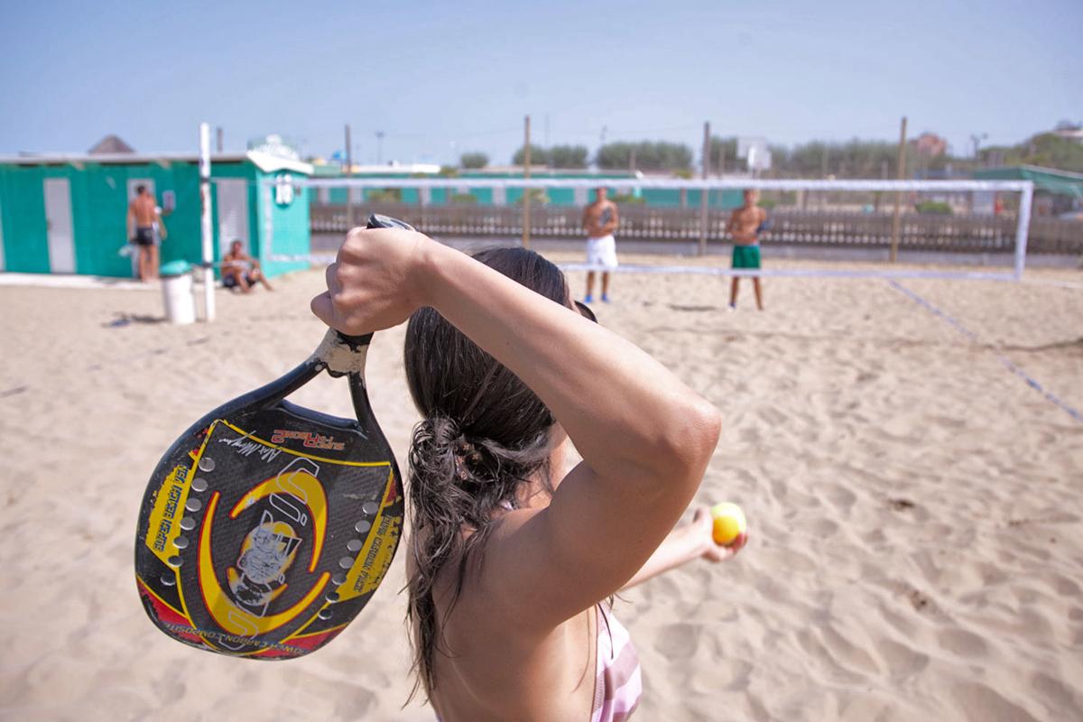 Riviera dello Sport - Beach Tennis   Photo © Archive Apt