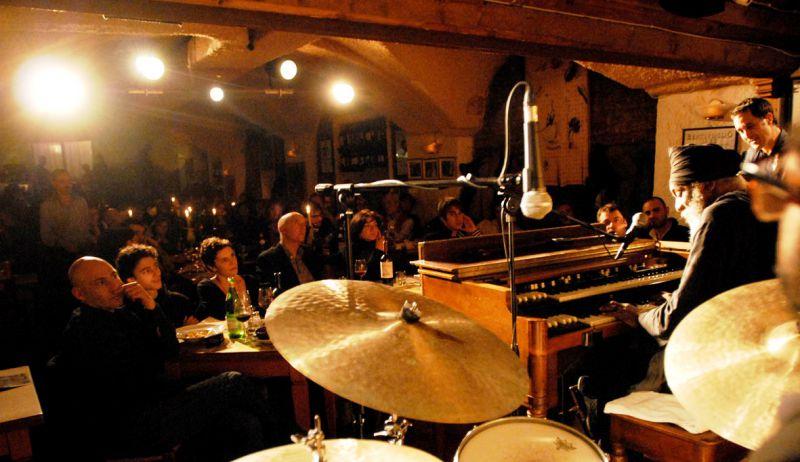 Musica - La Night Life bolognese