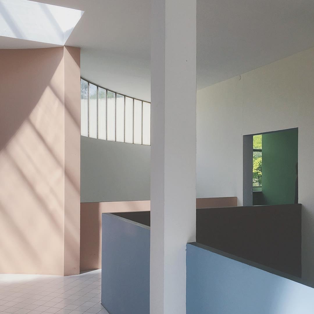 Esprit Nouveau: Le Corbusier in Bologna
