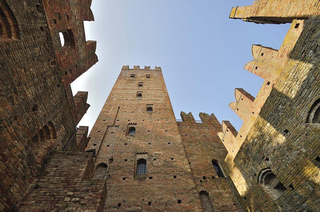 Castell'Arquato (PC) | Ph. carlo_grifone