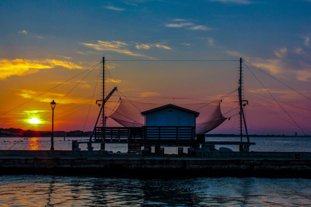 Cesenatico (FC) – Capanno da pesca al tramonto, ph. Cipriano De Scisciolo