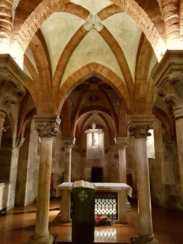Fidenza (PR), Duomo – cripta, ph. opi1010