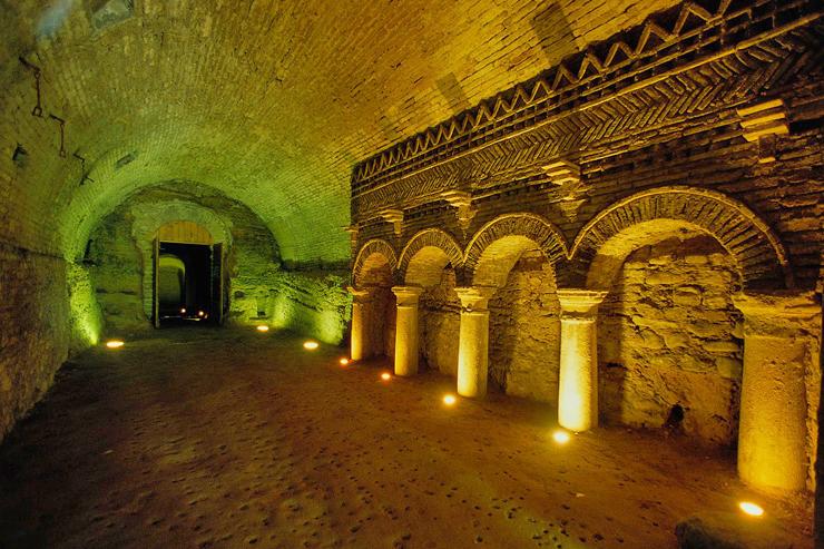 Grotte Pubblica   Foto T. Mosconi - Archivio Fotografico Comunale