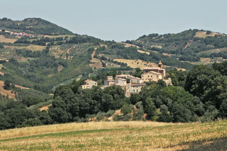 Cerreto di Saludecio: an abandoned village in Emilia-Romagna