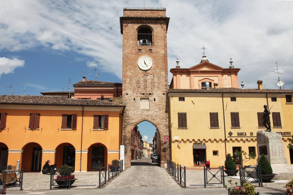 [Emilia Romagna Villages] San Giovanni in Marignano, the granary of the Malatestas