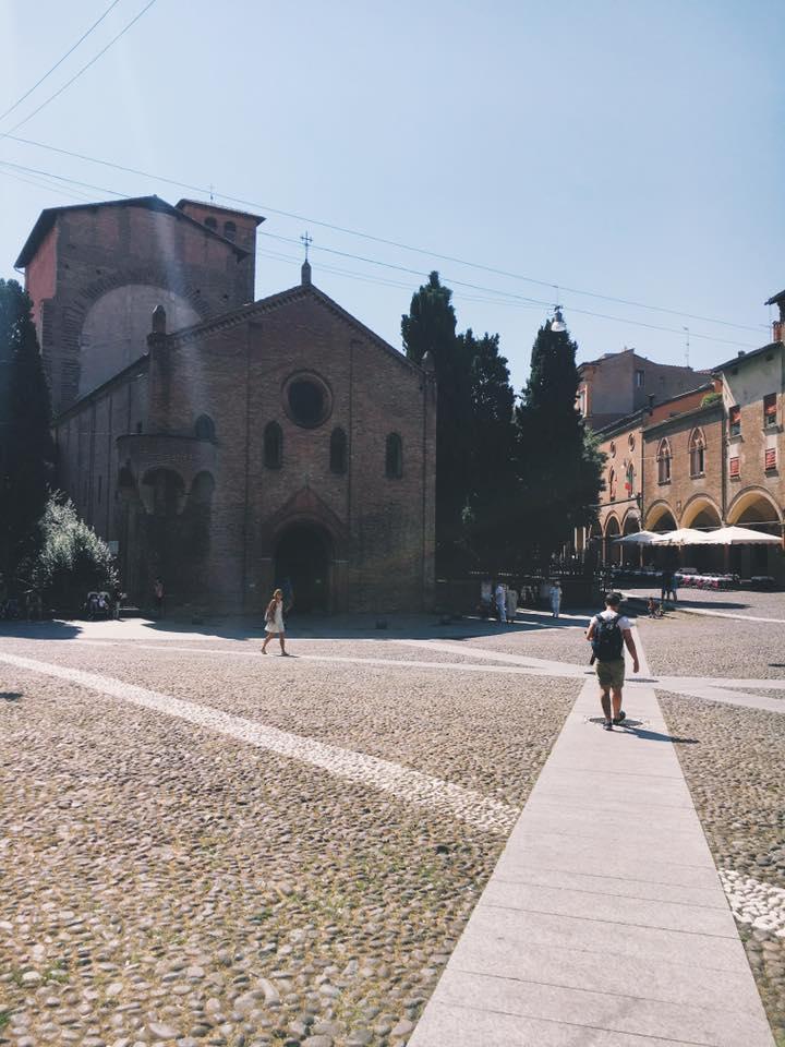 Piazza Santo Stefano, Bologna @inworldshoes
