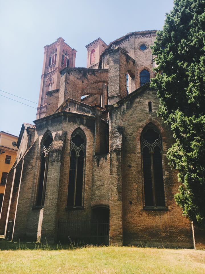 Piazza San Francesco, Bologna @inworldshoes