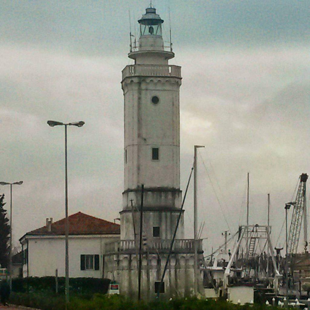 @lamoraromagnola: Porto Rimini