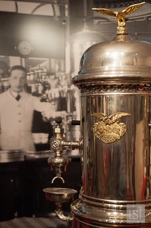 [ParlamiditER] La cultura del caffè italiana: chicchi e macchine da caffè vintage