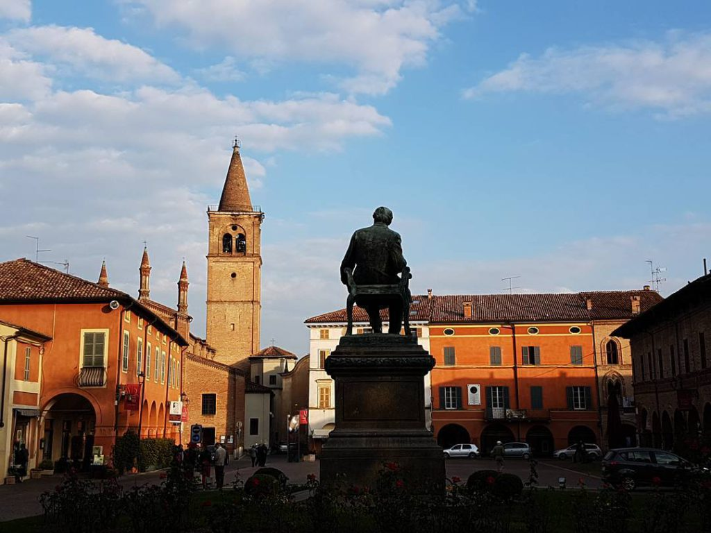 Statua di Giuseppe Verdi @ma_p_mi