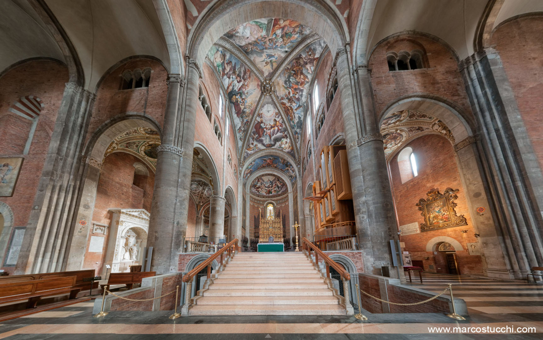 piacenza, piacenza i misteri della cattedrale, cattedrale s. maria assunta visione del presbiterio, ph. Marco Stucchi