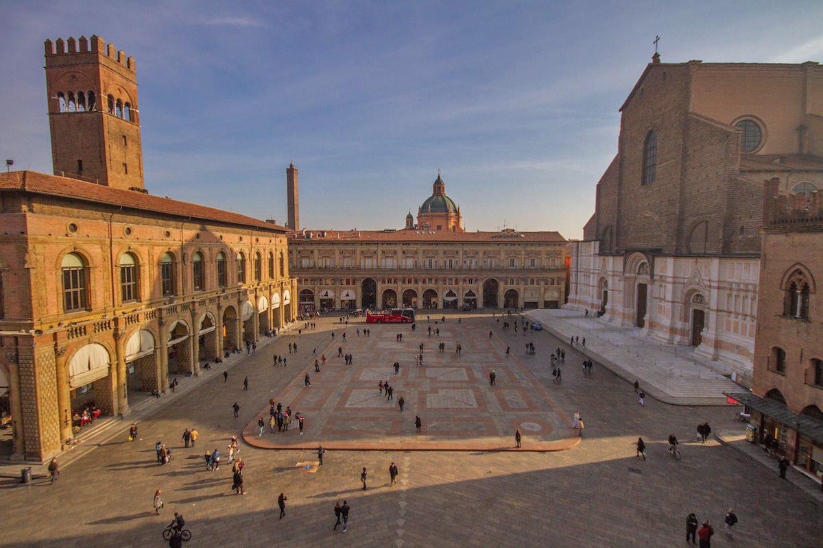 Piazza Maggiore (Bologna)