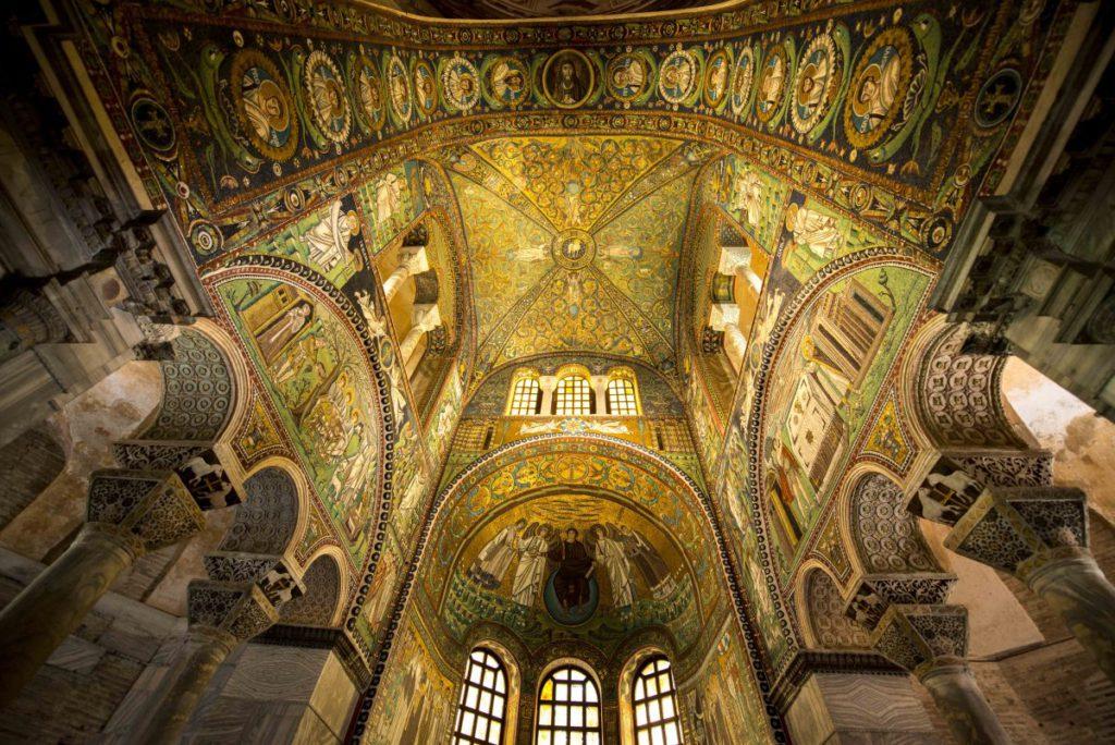 Basilica of San Vitale (Ravenna) Ph. @wwikiwalter