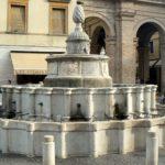 Fontana della Pigna in Piazza Cavour, Rimini