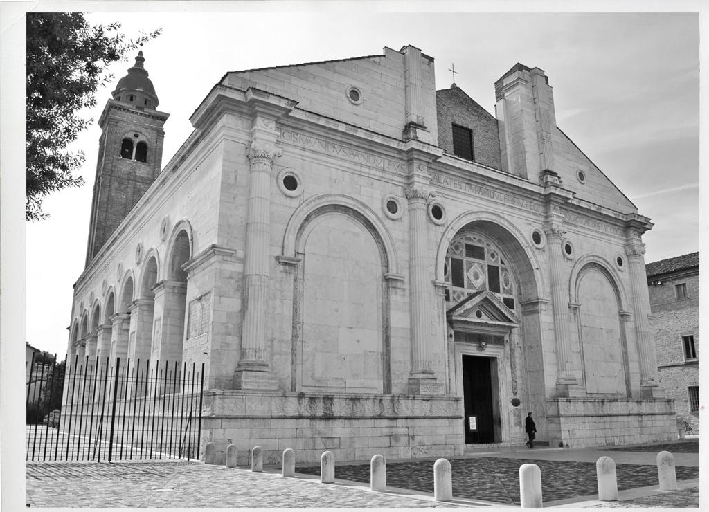 Rimini, Tempio Malatestiano WLM2015 ph. irene_giovannini