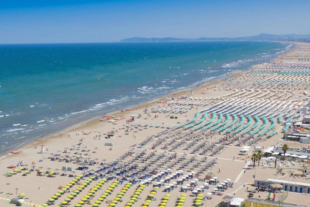 Misano Adriatico   Foto tratta da www.palacehoteldomusmea.com