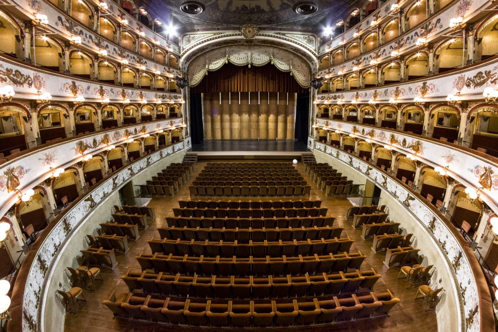 Teatro Comunale, Ferrara | Ph. nbisi