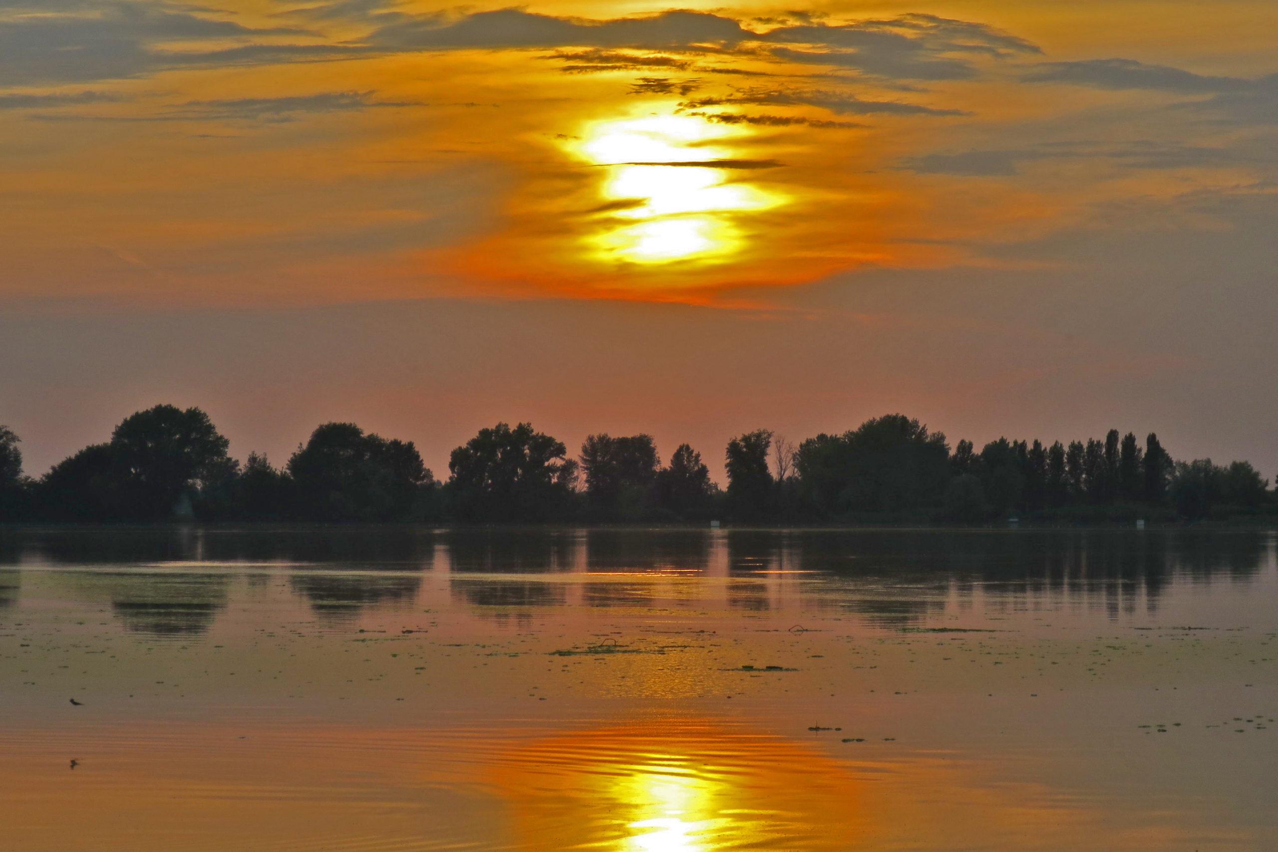 Sunset over Po River, Boretto
