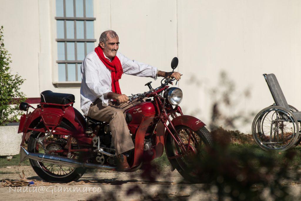 [Parlami di tER] Per il centenario di Moto Guzzi a Gualtieri, patria adottiva di Antonio Ligabue