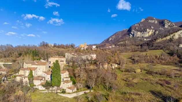 Grizzana Morandi (BO), Borgo della Scola, ph. emilbanca.it