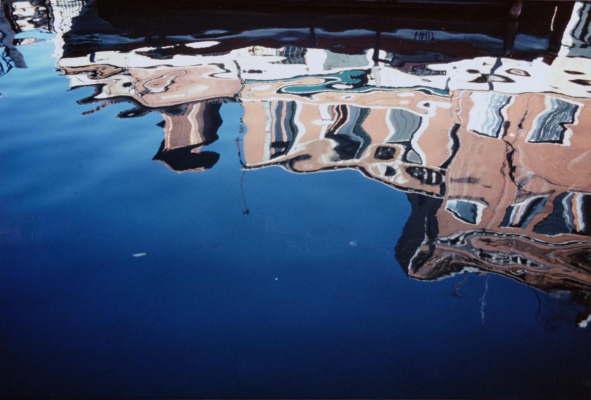 © Mario Vidor, Riflessi sull'acqua