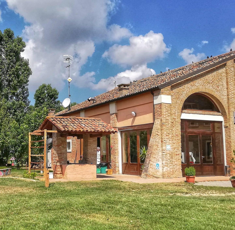 Ferrara, fienili di Baura, ph. GrandTour Emilbanca